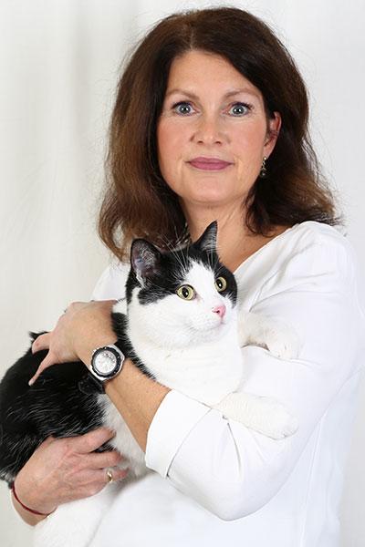 Dr. Medea Mahkorn